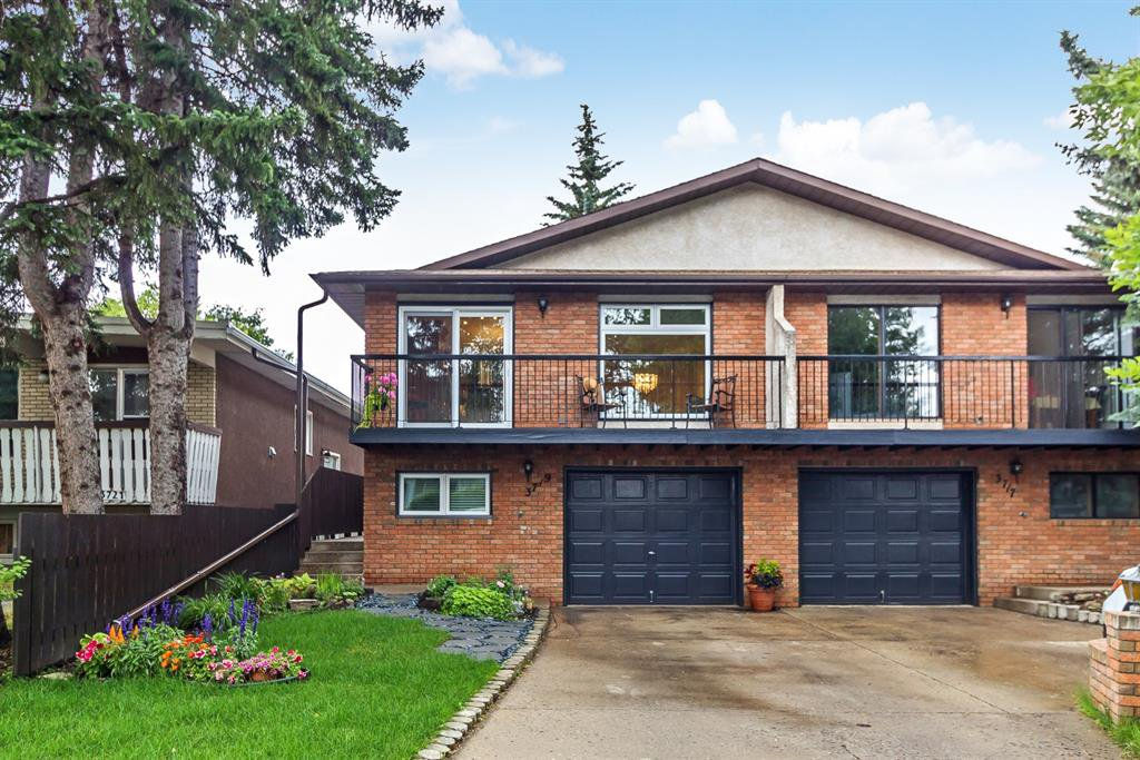 Main Photo: 3719 42 Street SW in Calgary: Glenbrook Semi Detached for sale : MLS®# A1015771