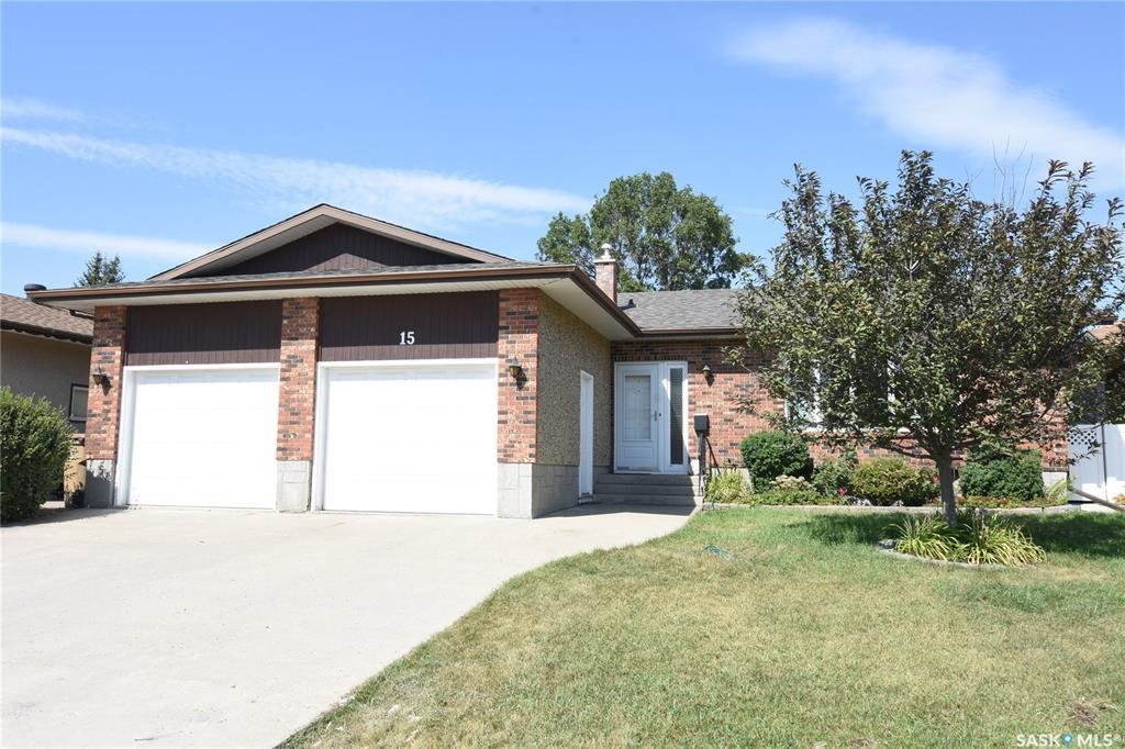 Main Photo: 15 McCready Bay in Regina: Uplands Residential for sale : MLS®# SK823918