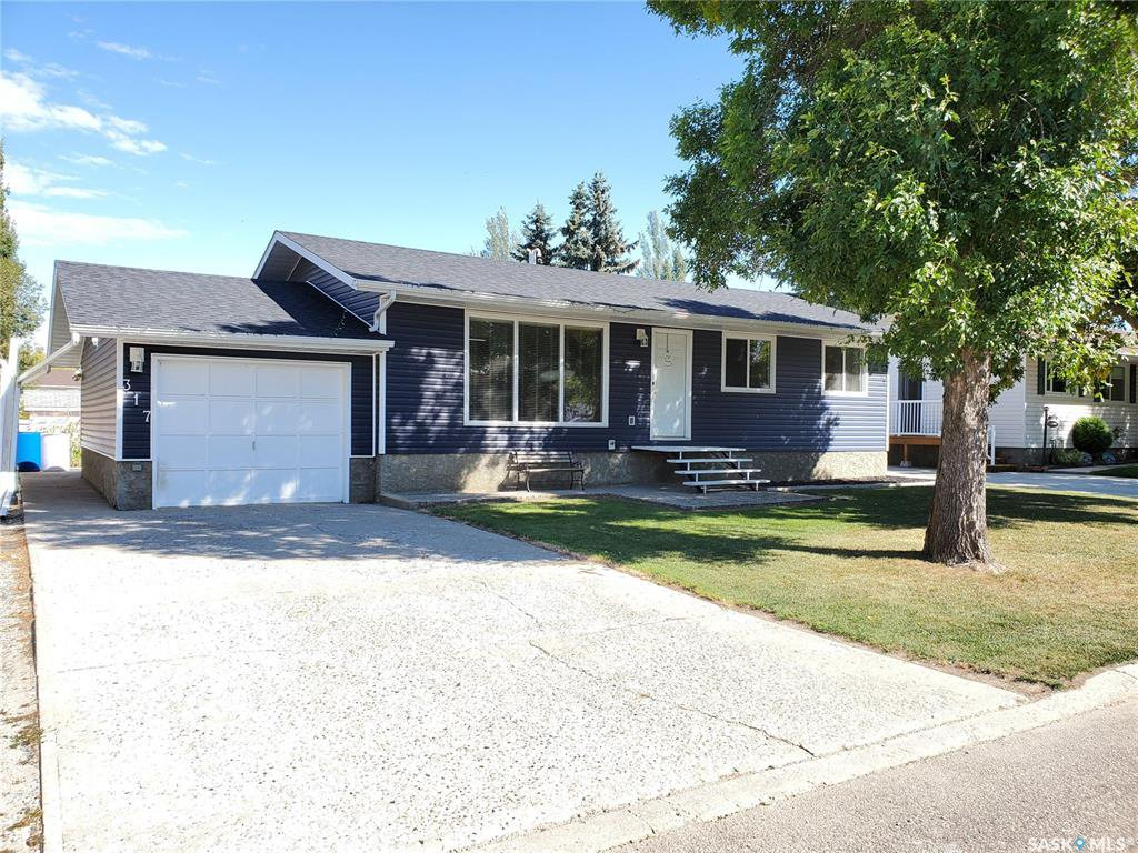 Main Photo: 317 5th Avenue West in Unity: Residential for sale : MLS®# SK826564