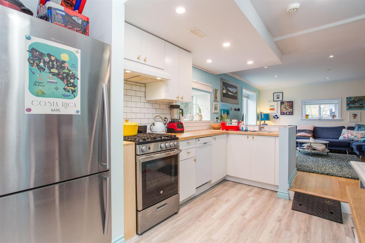 Photo 21: Photos: 2191 VANNESS Avenue in Vancouver: Grandview Woodland House for sale (Vancouver East)  : MLS®# R2505616