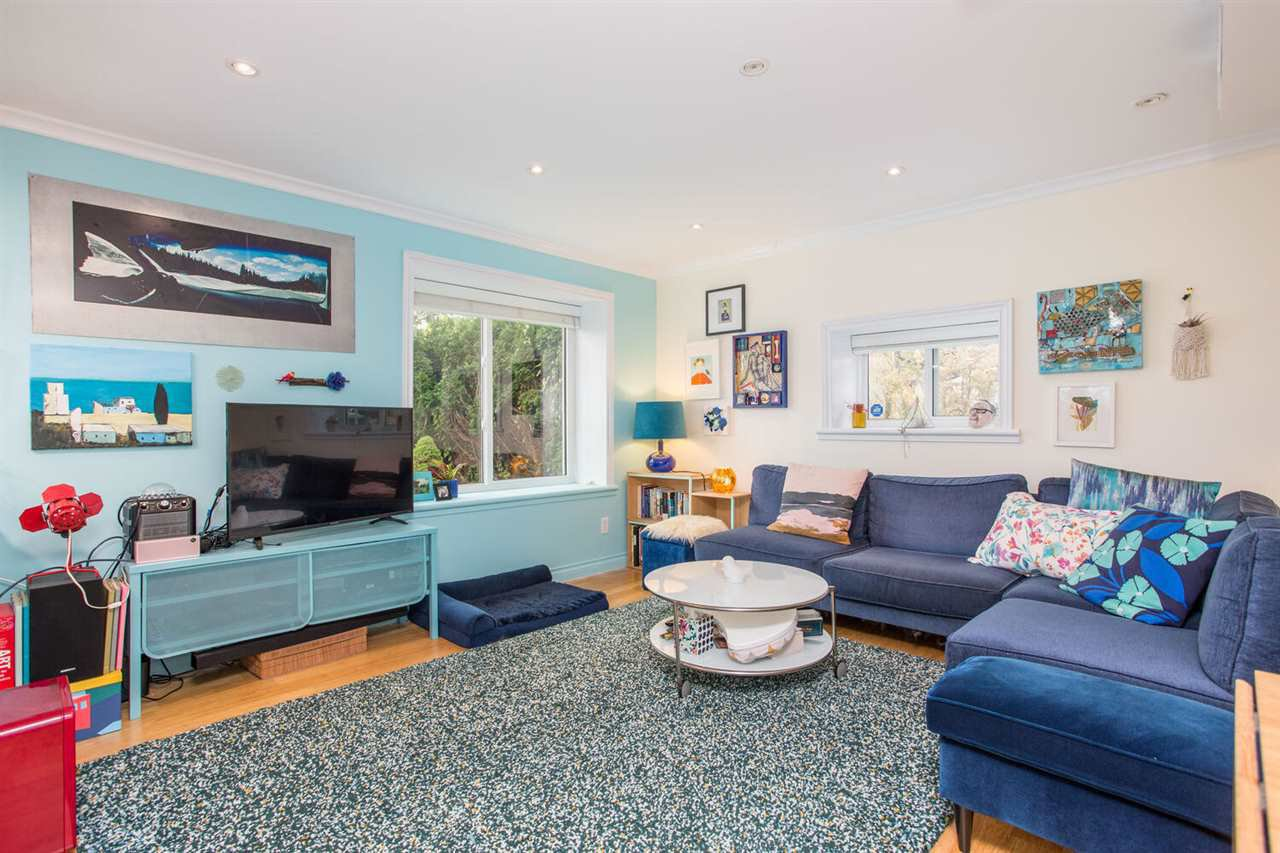 Photo 18: Photos: 2191 VANNESS Avenue in Vancouver: Grandview Woodland House for sale (Vancouver East)  : MLS®# R2505616