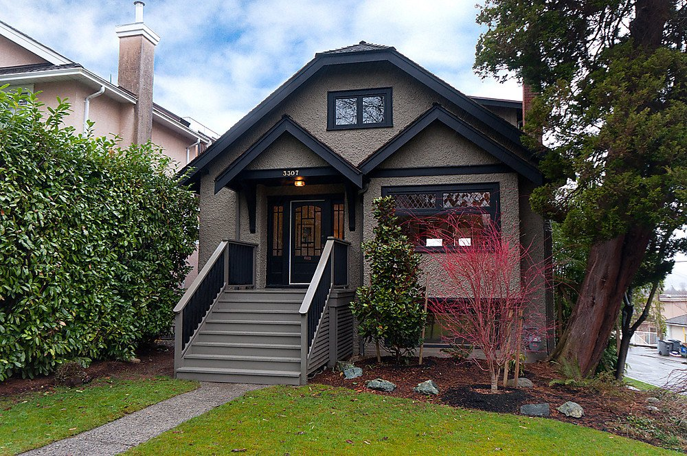 Main Photo: 3307 W 19TH Avenue in Vancouver: Dunbar House for sale (Vancouver West)  : MLS®# V875789