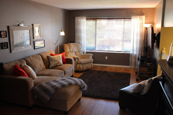 Photo 2: Photos: 431 Malahat Place in Kamloops: Upper Sahali House for sale : MLS®# 118827