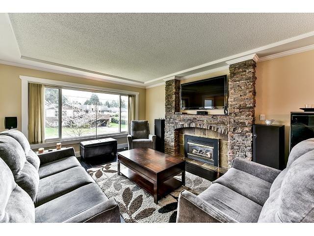 Photo 4: Photos: 10087 127B Street in Surrey: Cedar Hills House for sale (North Surrey)  : MLS®# F1434068