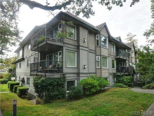Main Photo: 306 971 McKenzie Ave in VICTORIA: SE Quadra Condo Apartment for sale (Saanich East)  : MLS®# 696676
