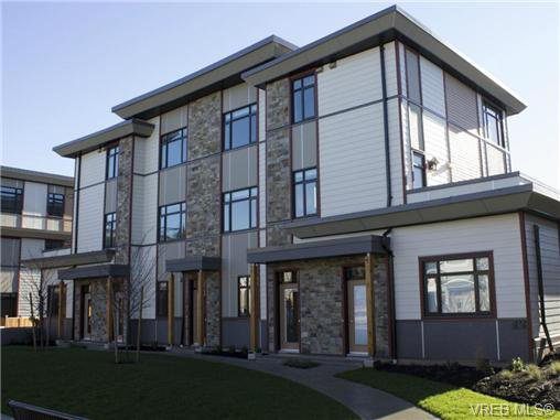 Main Photo: 1202 10230 BOWERBANK Road in SIDNEY: Si Sidney North-East Townhouse for sale (Sidney)  : MLS®# 350449