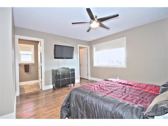 Photo 23: Photos: 248 EVERSYDE Circle SW in Calgary: Evergreen House for sale : MLS®# C4038688