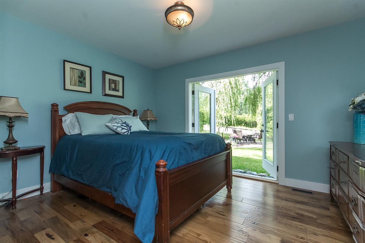 Photo 7: Photos: 29516 GALAHAD Street in Abbotsford: Bradner House for sale : MLS®# R2081977