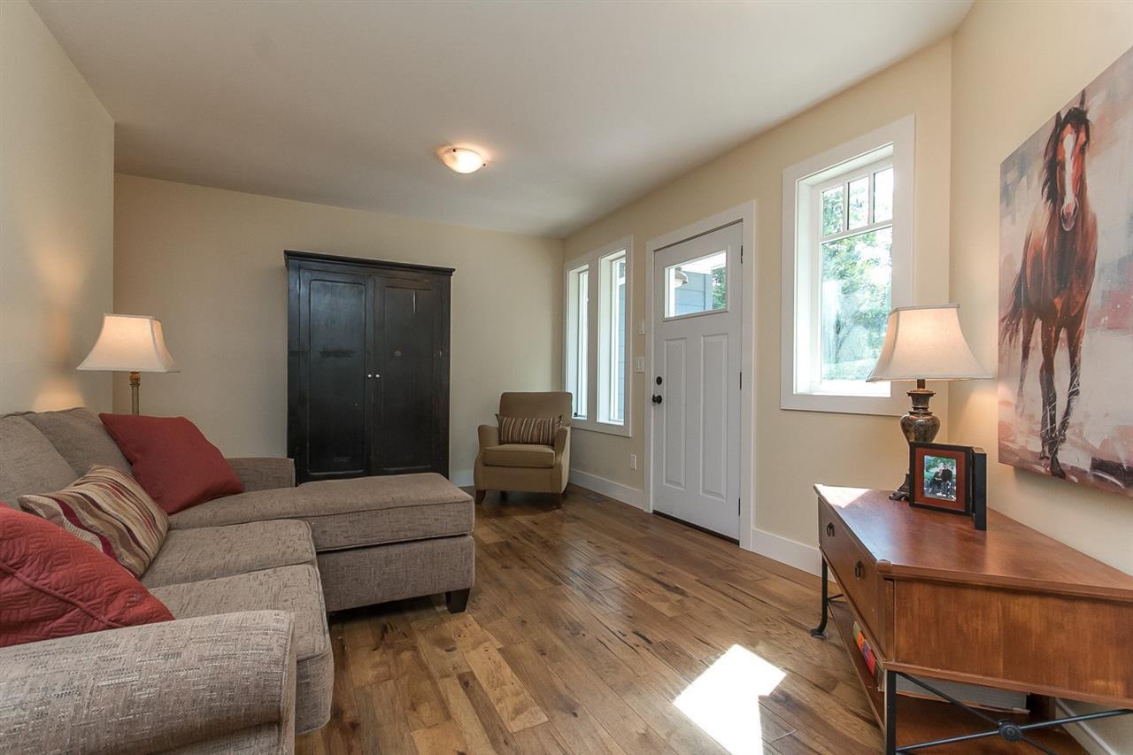Photo 9: Photos: 29516 GALAHAD Street in Abbotsford: Bradner House for sale : MLS®# R2081977