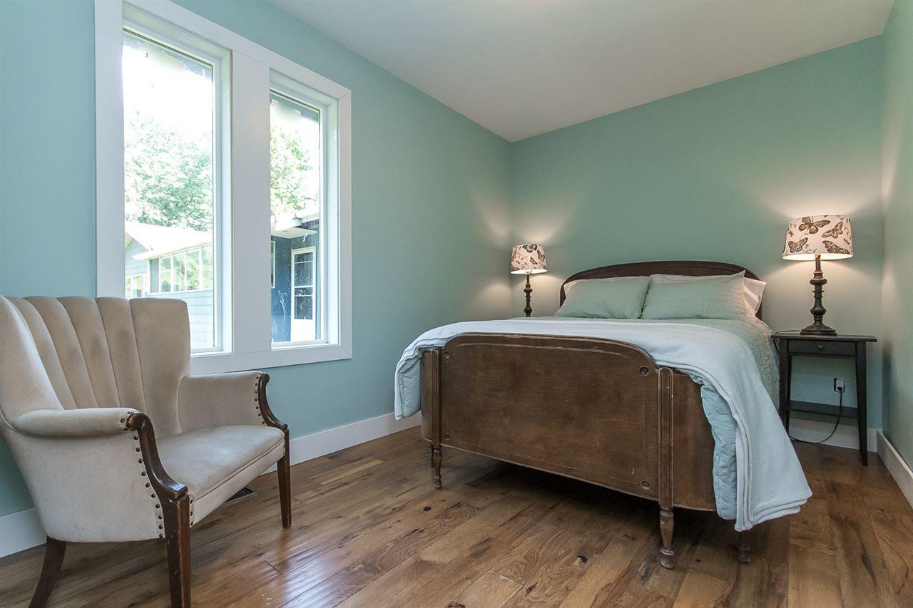 Photo 10: Photos: 29516 GALAHAD Street in Abbotsford: Bradner House for sale : MLS®# R2081977