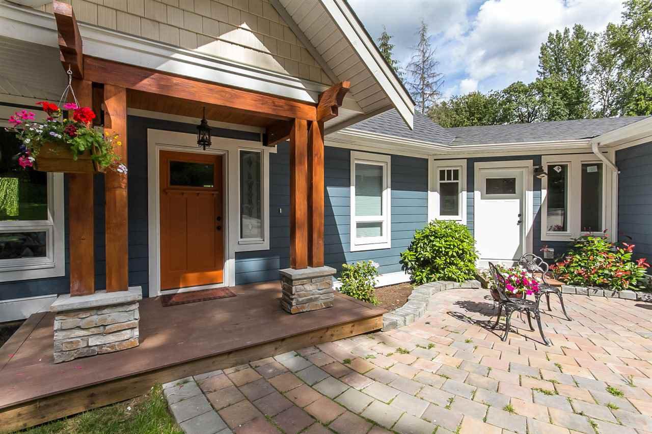 Photo 4: Photos: 29516 GALAHAD Street in Abbotsford: Bradner House for sale : MLS®# R2081977