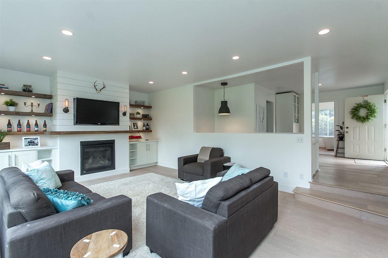 Photo 11: Photos: 29516 GALAHAD Street in Abbotsford: Bradner House for sale : MLS®# R2081977
