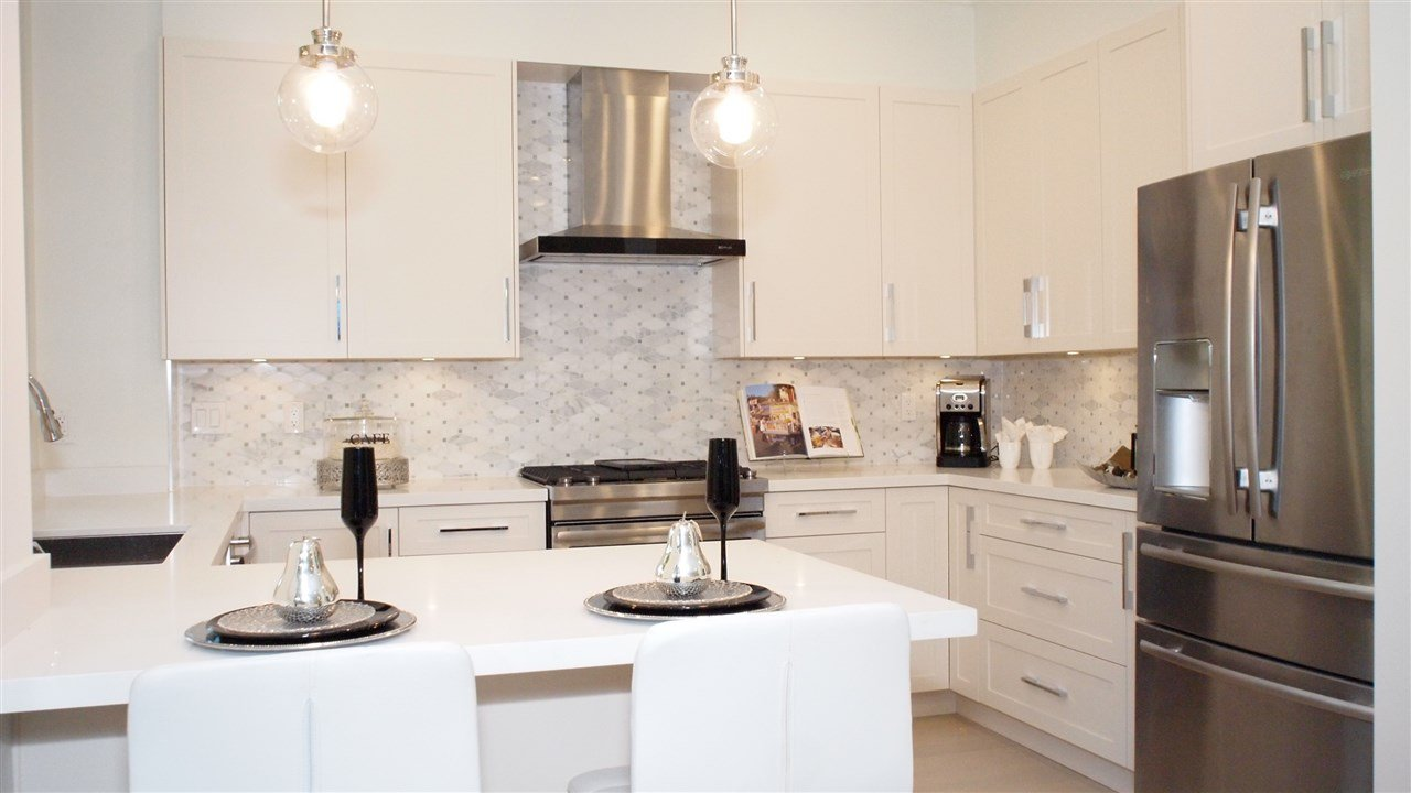 """Photo 5: Photos: 1830 W 12TH Avenue in Vancouver: Kitsilano Townhouse for sale in """"THE FOX HOUSE"""" (Vancouver West)  : MLS®# R2177800"""