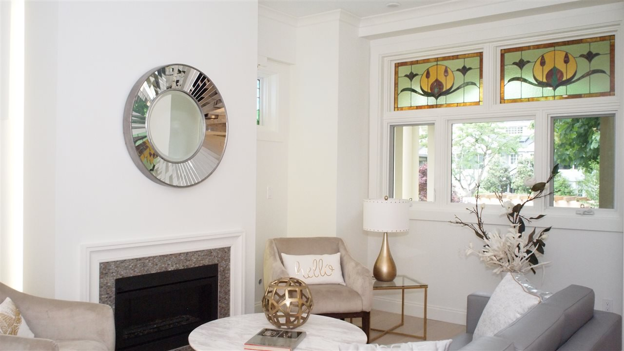 """Photo 3: Photos: 1830 W 12TH Avenue in Vancouver: Kitsilano Townhouse for sale in """"THE FOX HOUSE"""" (Vancouver West)  : MLS®# R2177800"""