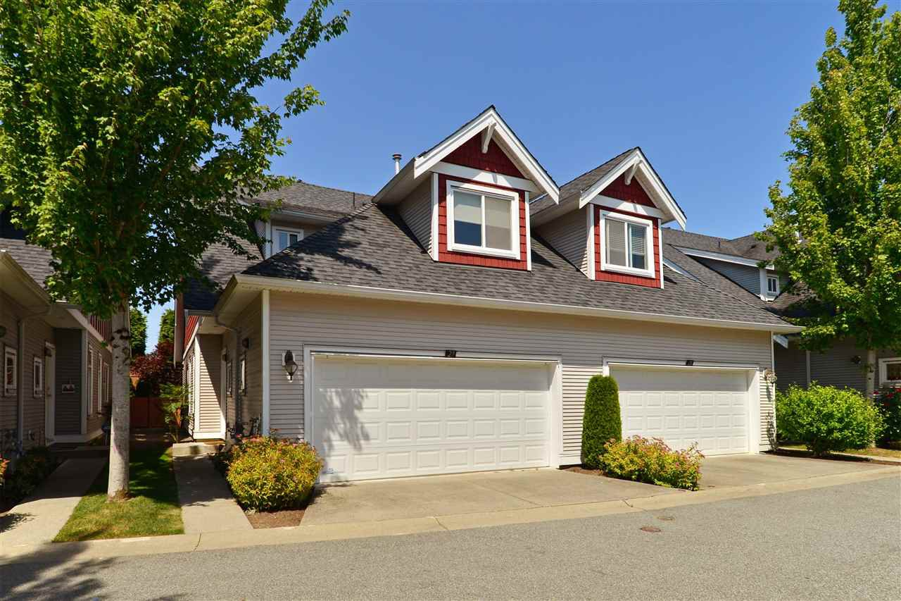 "Main Photo: 29 19977 71 Avenue in Langley: Willoughby Heights Townhouse for sale in ""Sandhill Village"" : MLS®# R2183449"