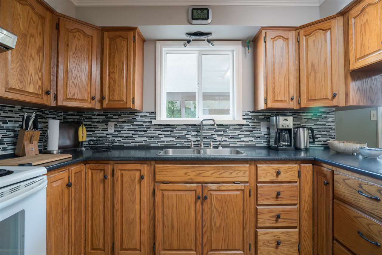 Photo 7: Photos: 2119 CHATEAU PLACE in Abbotsford: Abbotsford West House for sale : MLS®# R2205882