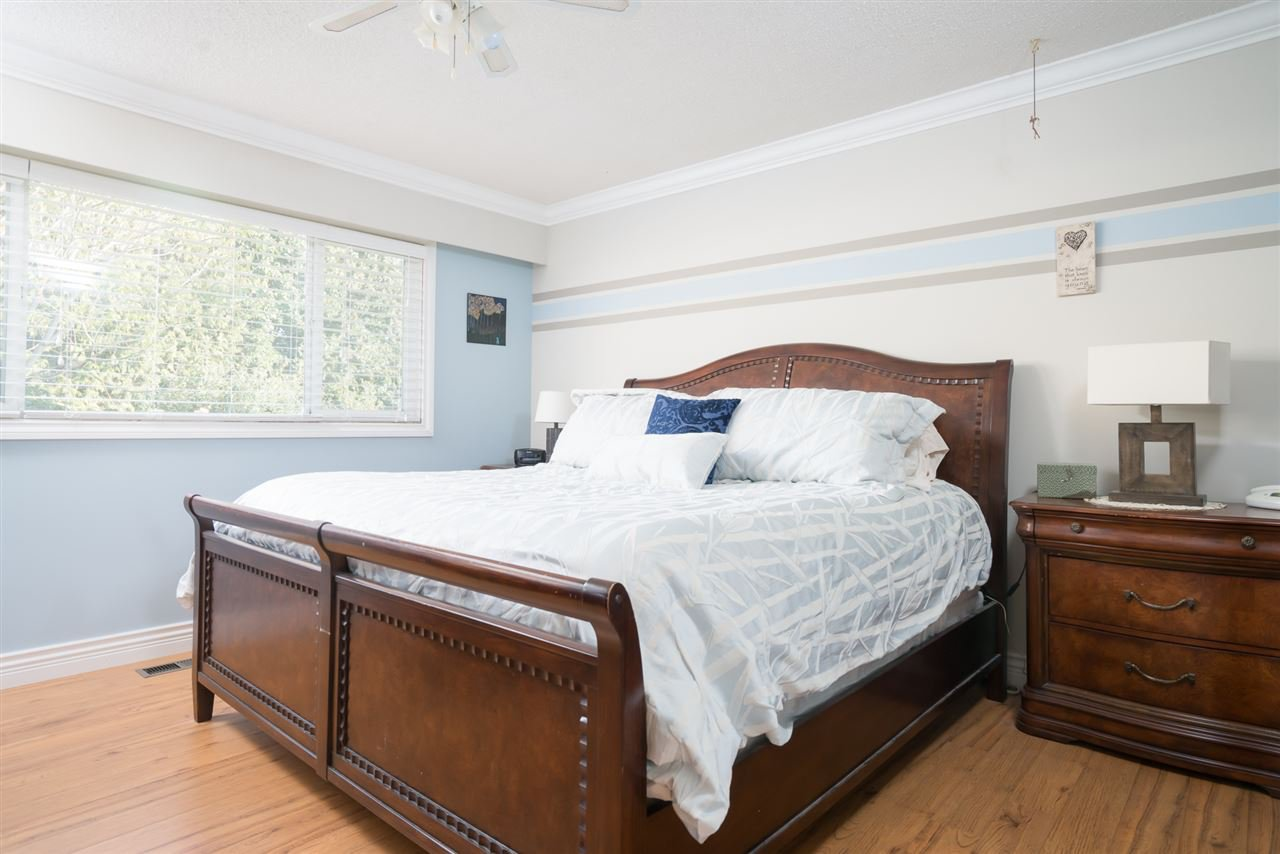 Photo 9: Photos: 2119 CHATEAU PLACE in Abbotsford: Abbotsford West House for sale : MLS®# R2205882