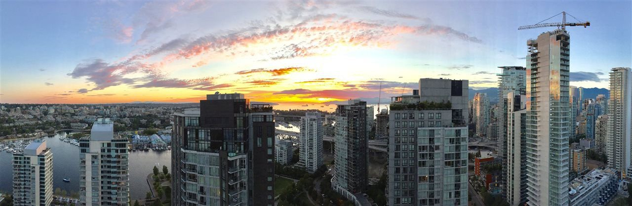 "Photo 19: Photos: 3903 1408 STRATHMORE Mews in Vancouver: Yaletown Condo for sale in ""West One"" (Vancouver West)  : MLS®# R2218263"