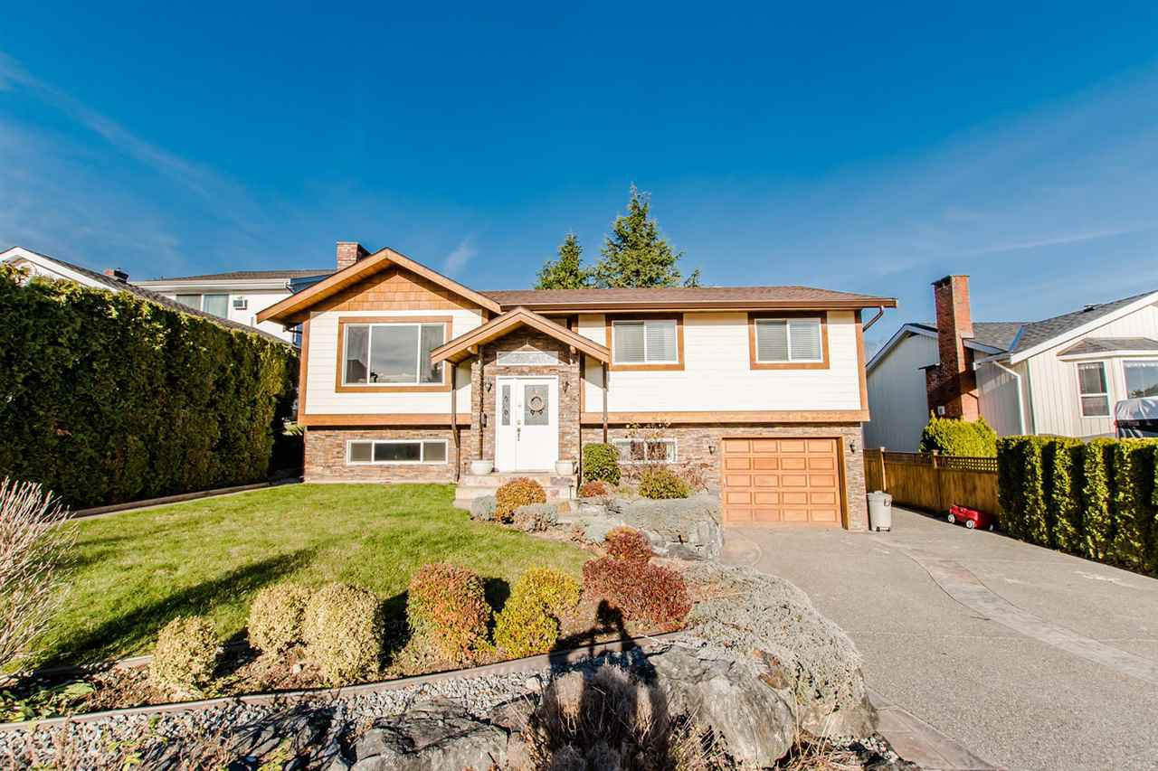 "Main Photo: 34747 CHANTRELL Place in Abbotsford: Abbotsford East House for sale in ""McMillan"" : MLS®# R2228150"