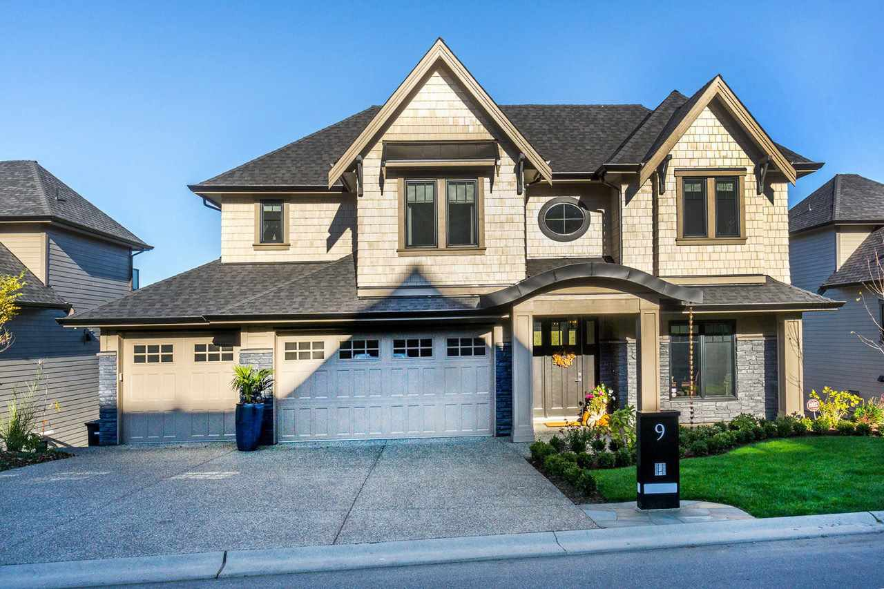 Main Photo: 9 24455 61 Avenue in Langley: Salmon River House for sale : MLS®# R2246906