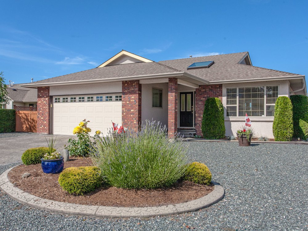 Main Photo: 275 Mulberry Place in Parksville: House for sale : MLS®# 426740