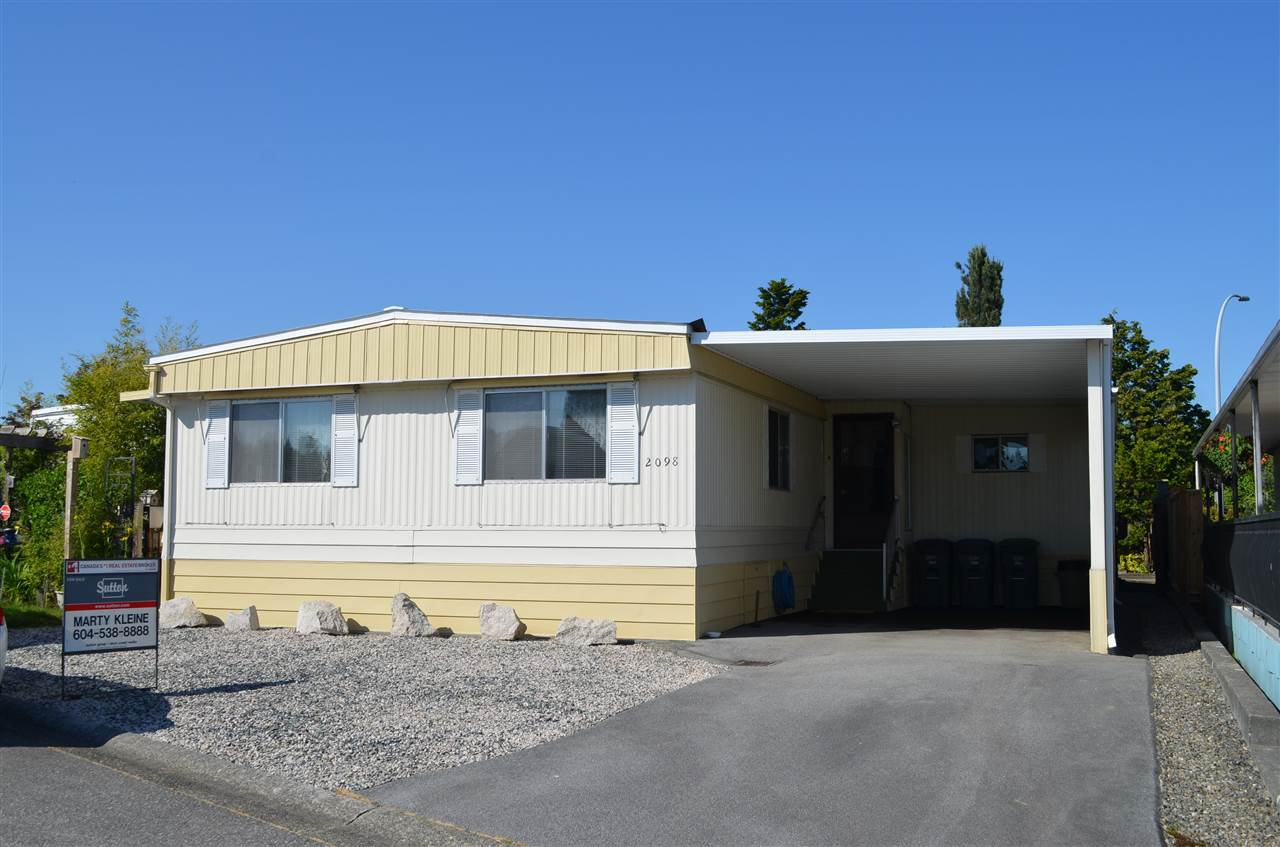 "Main Photo: 2098 TYNE Place in Surrey: King George Corridor Manufactured Home for sale in ""Cranley Place"" (South Surrey White Rock)  : MLS®# R2270956"