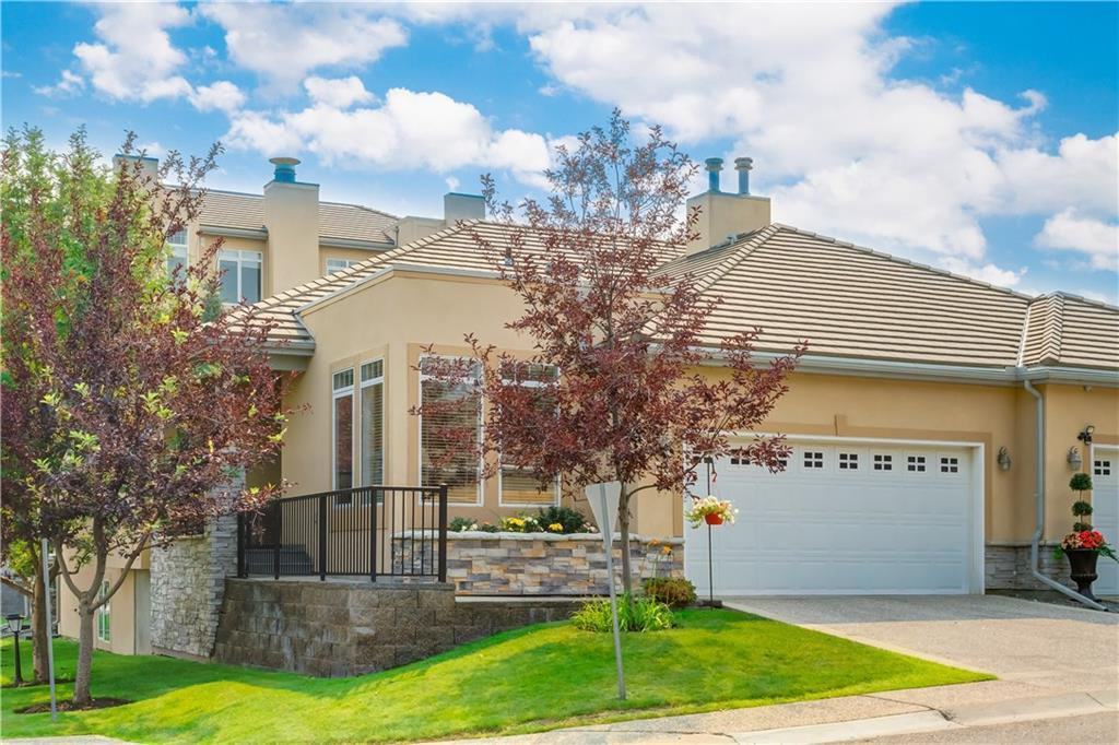 Main Photo: 22 2121 98 Avenue SW in Calgary: Palliser Semi Detached for sale : MLS®# C4225119