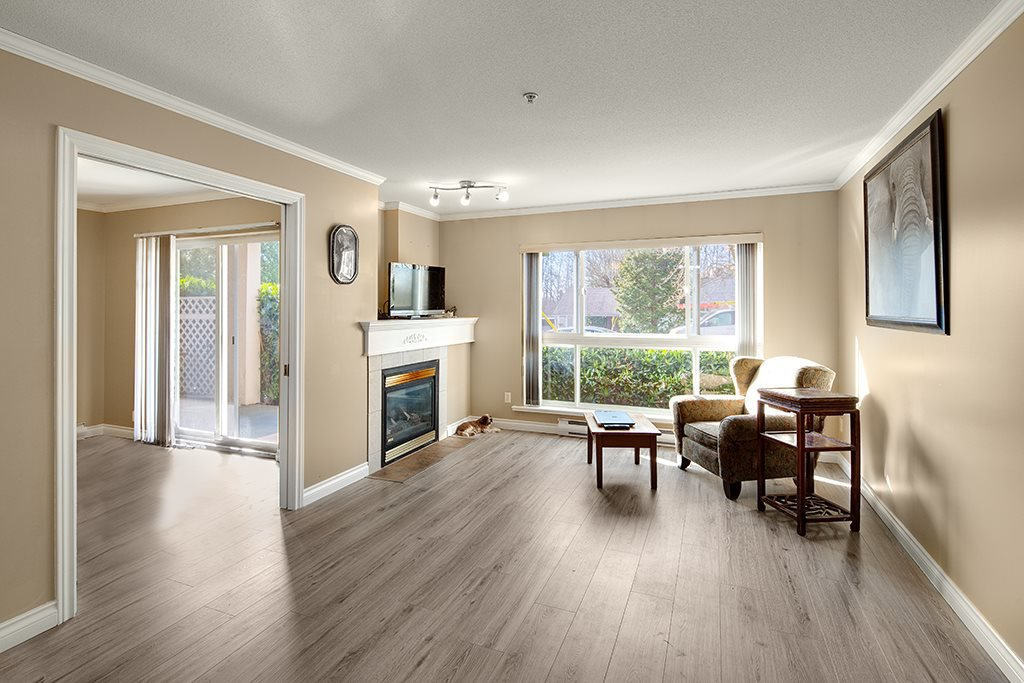 Photo 5: Photos: 101 22230 NORTH Avenue in Maple Ridge: West Central Condo for sale : MLS®# R2354509