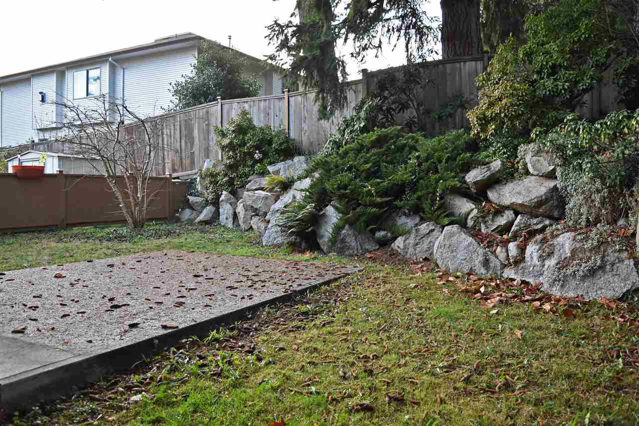 Photo 13: Photos: 841 NORTH Road in Gibsons: Gibsons & Area Townhouse for sale (Sunshine Coast)  : MLS®# R2422254
