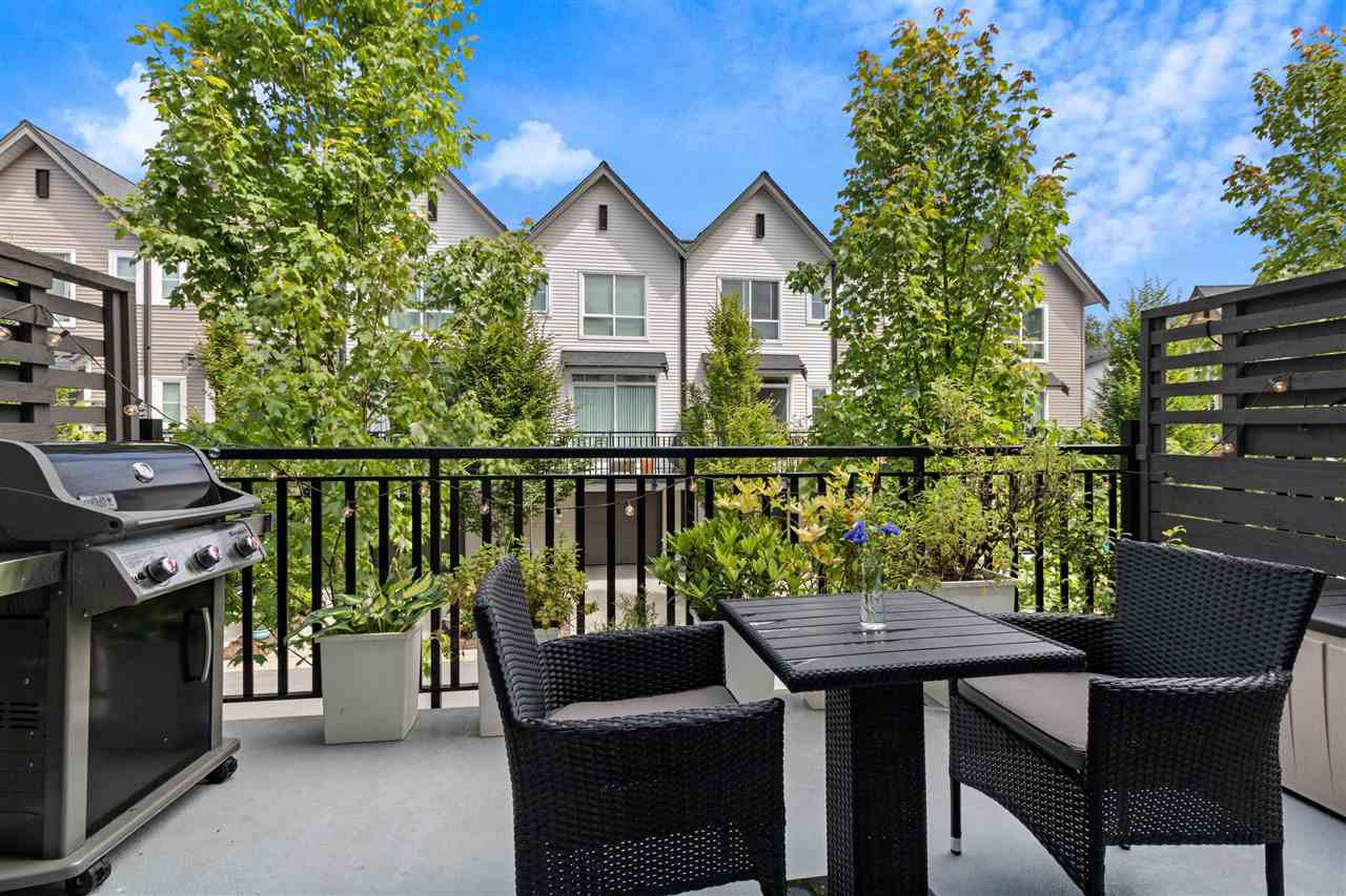 """Photo 5: Photos: 13 2358 RANGER Lane in Port Coquitlam: Riverwood Townhouse for sale in """"FREMONT INDIGO BY MOSAIC"""" : MLS®# R2468658"""