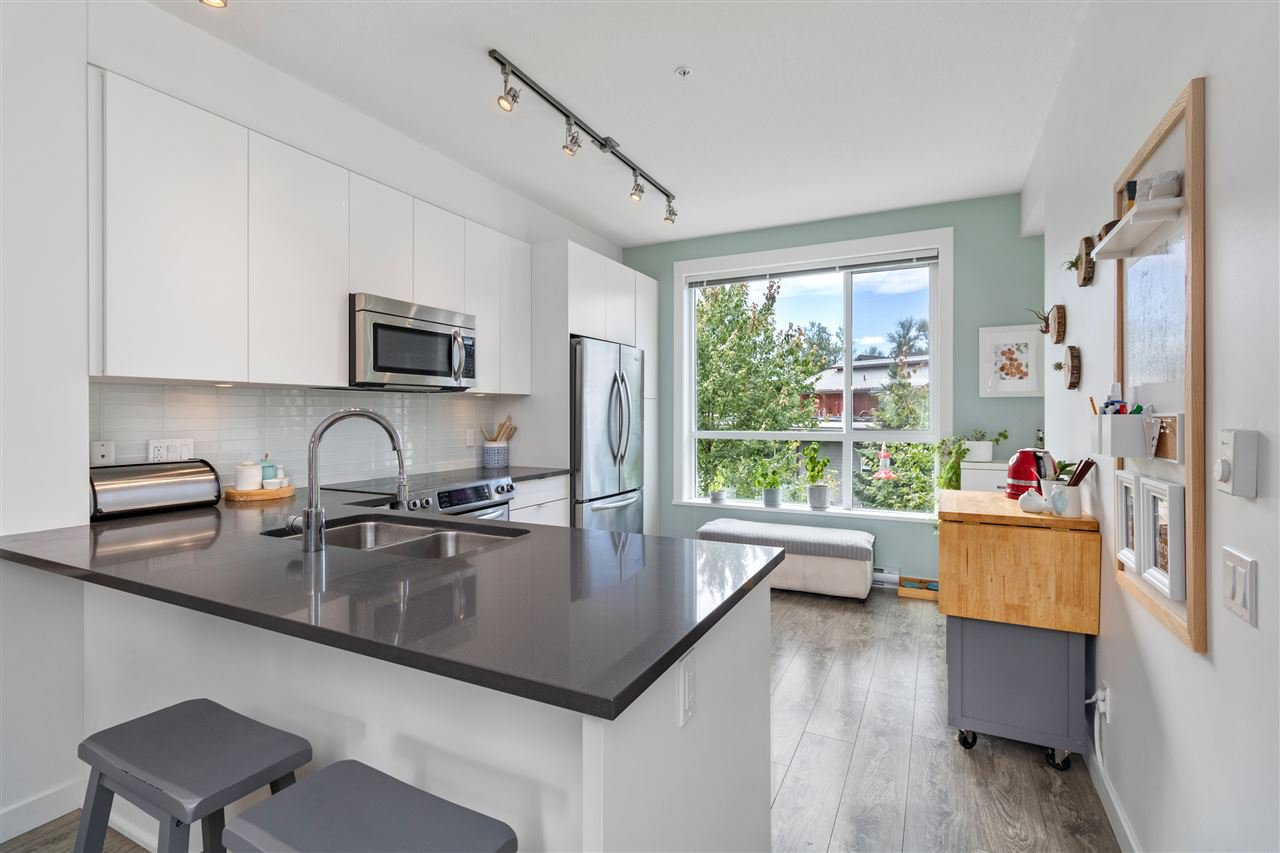 """Photo 9: Photos: 13 2358 RANGER Lane in Port Coquitlam: Riverwood Townhouse for sale in """"FREMONT INDIGO BY MOSAIC"""" : MLS®# R2468658"""