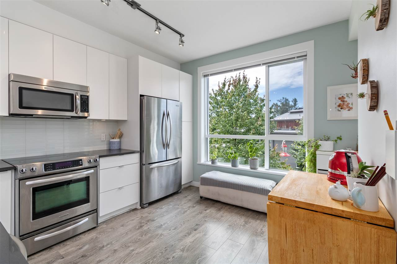 """Photo 7: Photos: 13 2358 RANGER Lane in Port Coquitlam: Riverwood Townhouse for sale in """"FREMONT INDIGO BY MOSAIC"""" : MLS®# R2468658"""