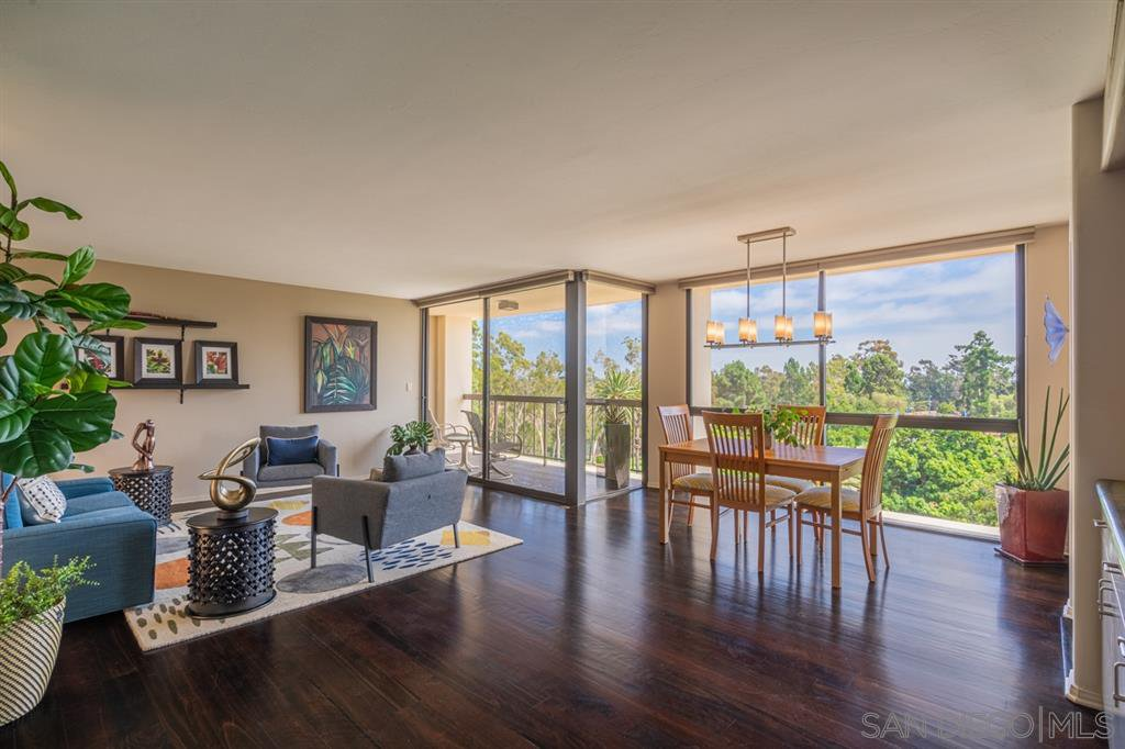 Main Photo: HILLCREST Condo for sale : 2 bedrooms : 666 Upas St #502 in San Diego