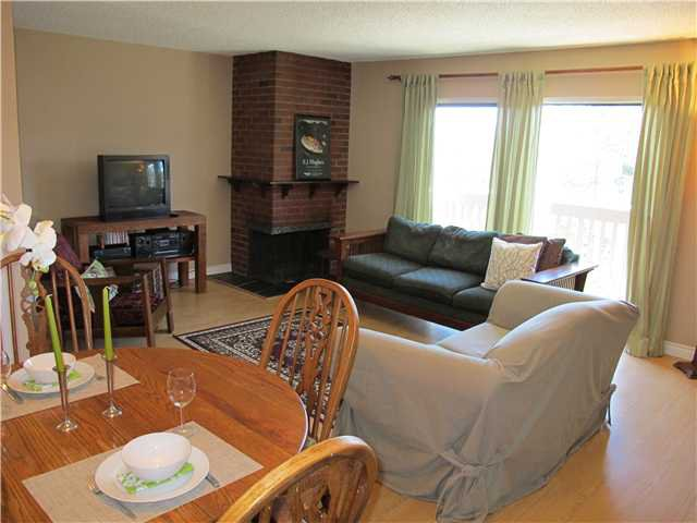 Photo 3: Photos: 317B EVERGREEN Drive in Port Moody: College Park PM Townhouse for sale : MLS®# V871059
