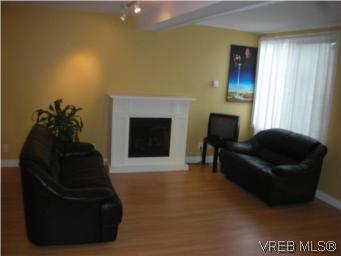 Photo 3: Photos: 888 Colville Road in VICTORIA: Es Old Esquimalt Residential for sale (Esquimalt)  : MLS®# 264471