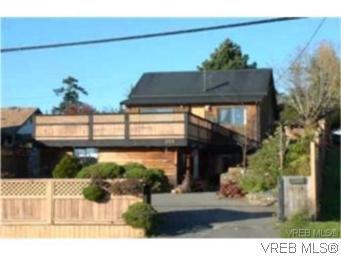 Main Photo: 888 Colville Road in VICTORIA: Es Old Esquimalt Residential for sale (Esquimalt)  : MLS®# 264471