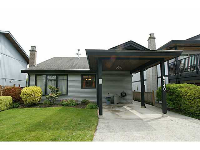 Main Photo: 6740 GOLDSMITH Drive in Richmond: Woodwards House for sale : MLS®# V1005526