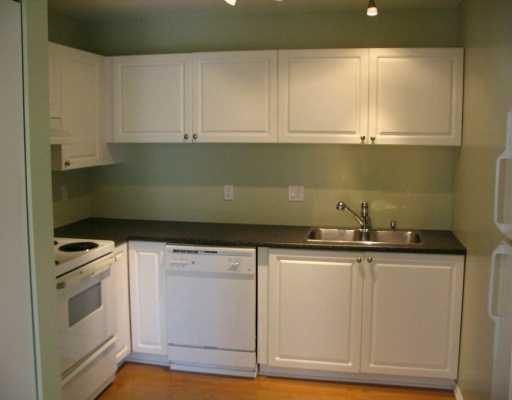 "Main Photo: 103 2983 CAMBRIDGE ST in Port Coquitlam: Glenwood PQ Condo for sale in ""CAMBRIDGE GARDENS"" : MLS®# V605415"