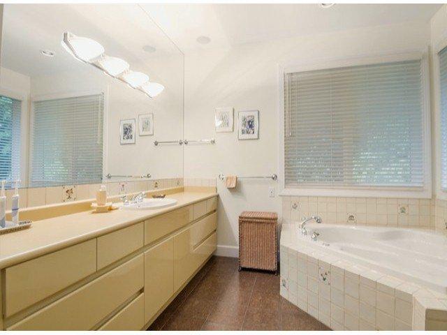 "Photo 12: Photos: 13969 TRITES Road in Surrey: Panorama Ridge House for sale in ""PANORAMA RIDGE"" : MLS®# F1428454"