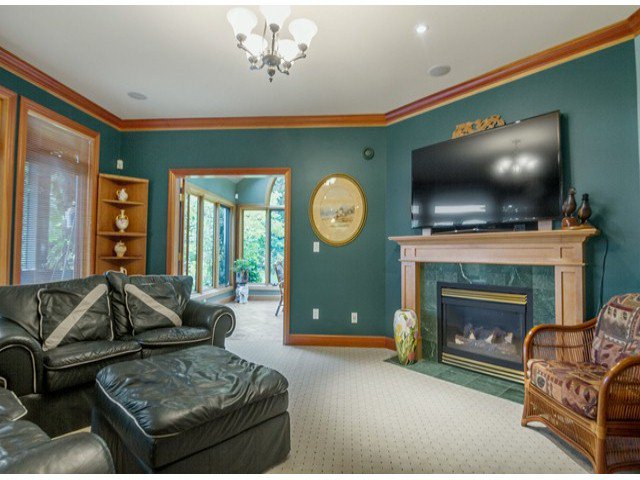"Photo 7: Photos: 13969 TRITES Road in Surrey: Panorama Ridge House for sale in ""PANORAMA RIDGE"" : MLS®# F1428454"