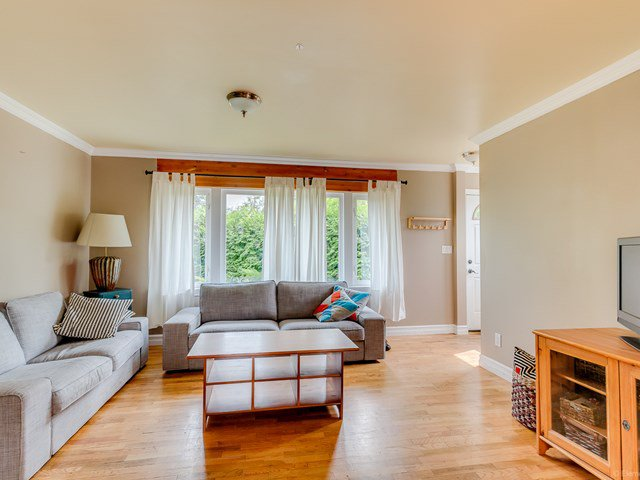 Main Photo: 19269 PARK Road in Pitt Meadows: Mid Meadows House for sale : MLS®# V1132971