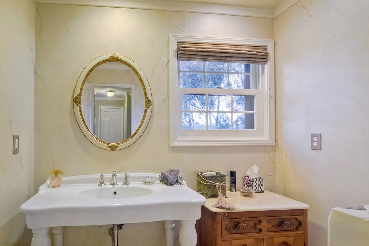 Photo 8: Photos: SCRIPPS RANCH House for sale : 4 bedrooms : 12436 Rue Fountainbleau in San Diego