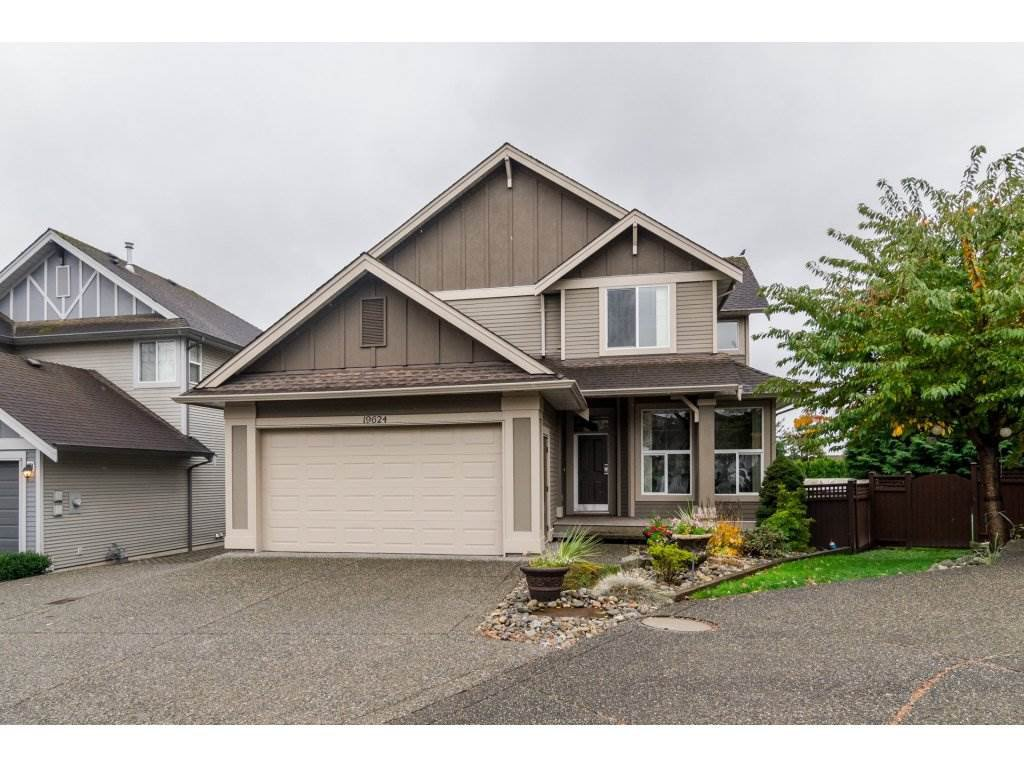 "Main Photo: 19624 69A Avenue in Langley: Willoughby Heights House for sale in ""Camden Park"" : MLS®# R2117058"
