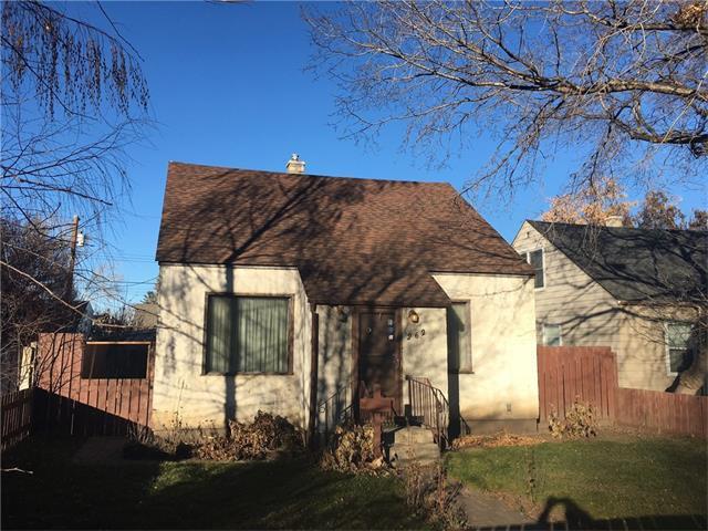 Main Photo: 262 22 Avenue NE in Calgary: Tuxedo Park House for sale : MLS®# C4090330
