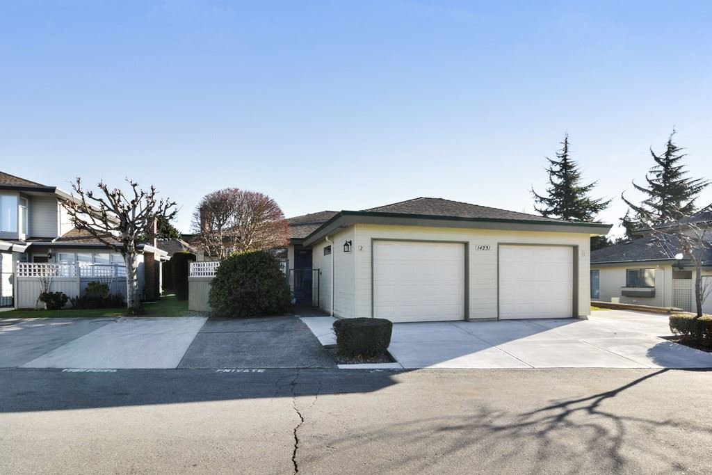 """Main Photo: 2 14231 18A Avenue in Surrey: Sunnyside Park Surrey Townhouse for sale in """"SUNHILL GARDENS"""" (South Surrey White Rock)  : MLS®# R2136203"""