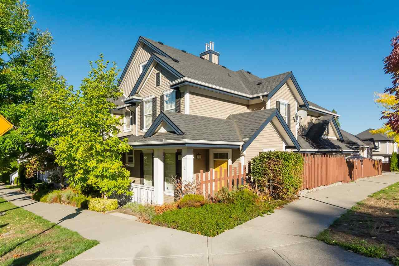 "Main Photo: 3 18087 70 Avenue in Surrey: Cloverdale BC Townhouse for sale in ""PROVINCETON"" (Cloverdale)  : MLS®# R2210473"