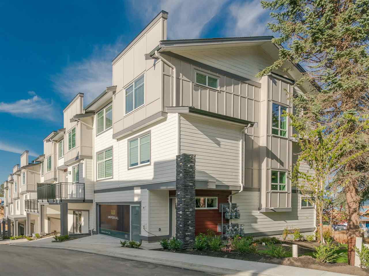 """Main Photo: 4 15633 MOUNTAIN VIEW Drive in Surrey: Grandview Surrey Townhouse for sale in """"Imperial"""" (South Surrey White Rock)  : MLS®# R2212540"""