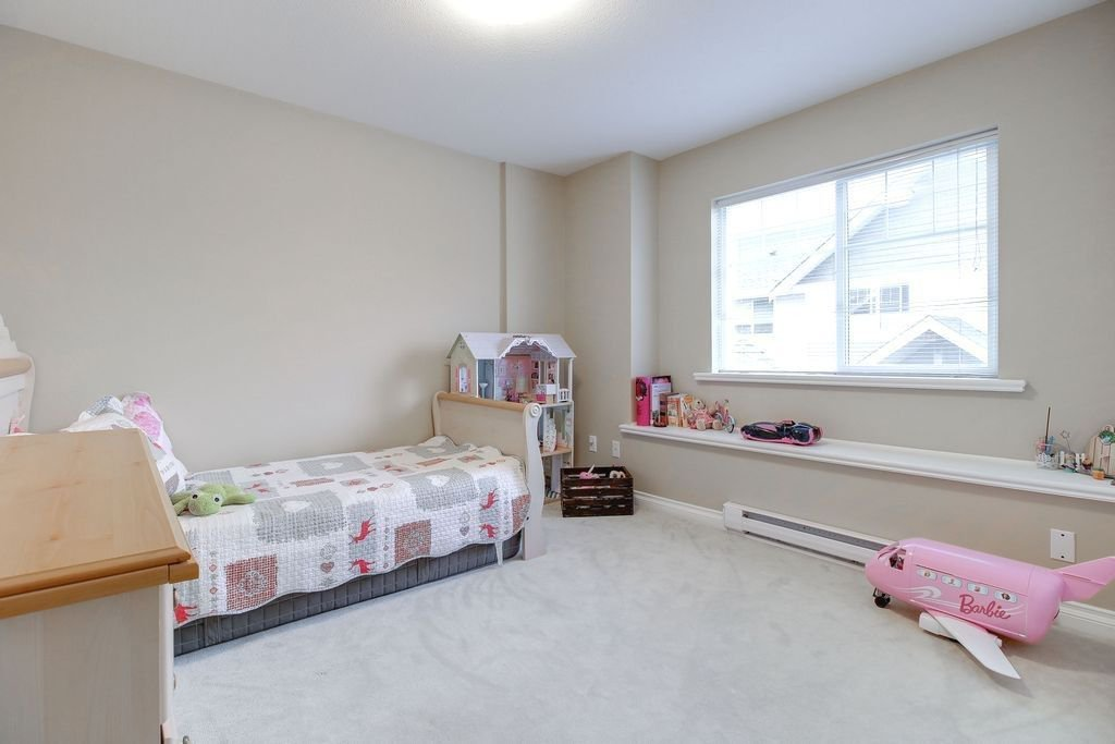 """Photo 15: Photos: 208 1567 GRANT Avenue in Port Coquitlam: Glenwood PQ Townhouse for sale in """"THE GRANT"""" : MLS®# R2251772"""