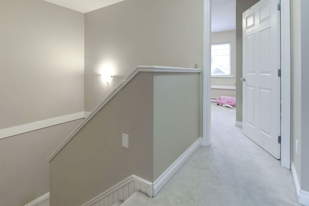 """Photo 11: Photos: 208 1567 GRANT Avenue in Port Coquitlam: Glenwood PQ Townhouse for sale in """"THE GRANT"""" : MLS®# R2251772"""