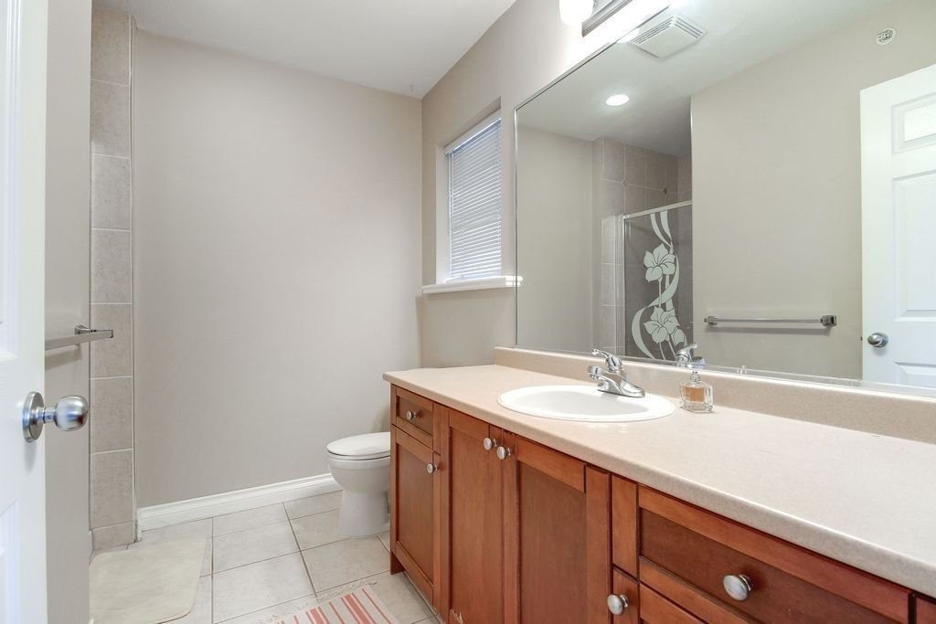 """Photo 13: Photos: 208 1567 GRANT Avenue in Port Coquitlam: Glenwood PQ Townhouse for sale in """"THE GRANT"""" : MLS®# R2251772"""